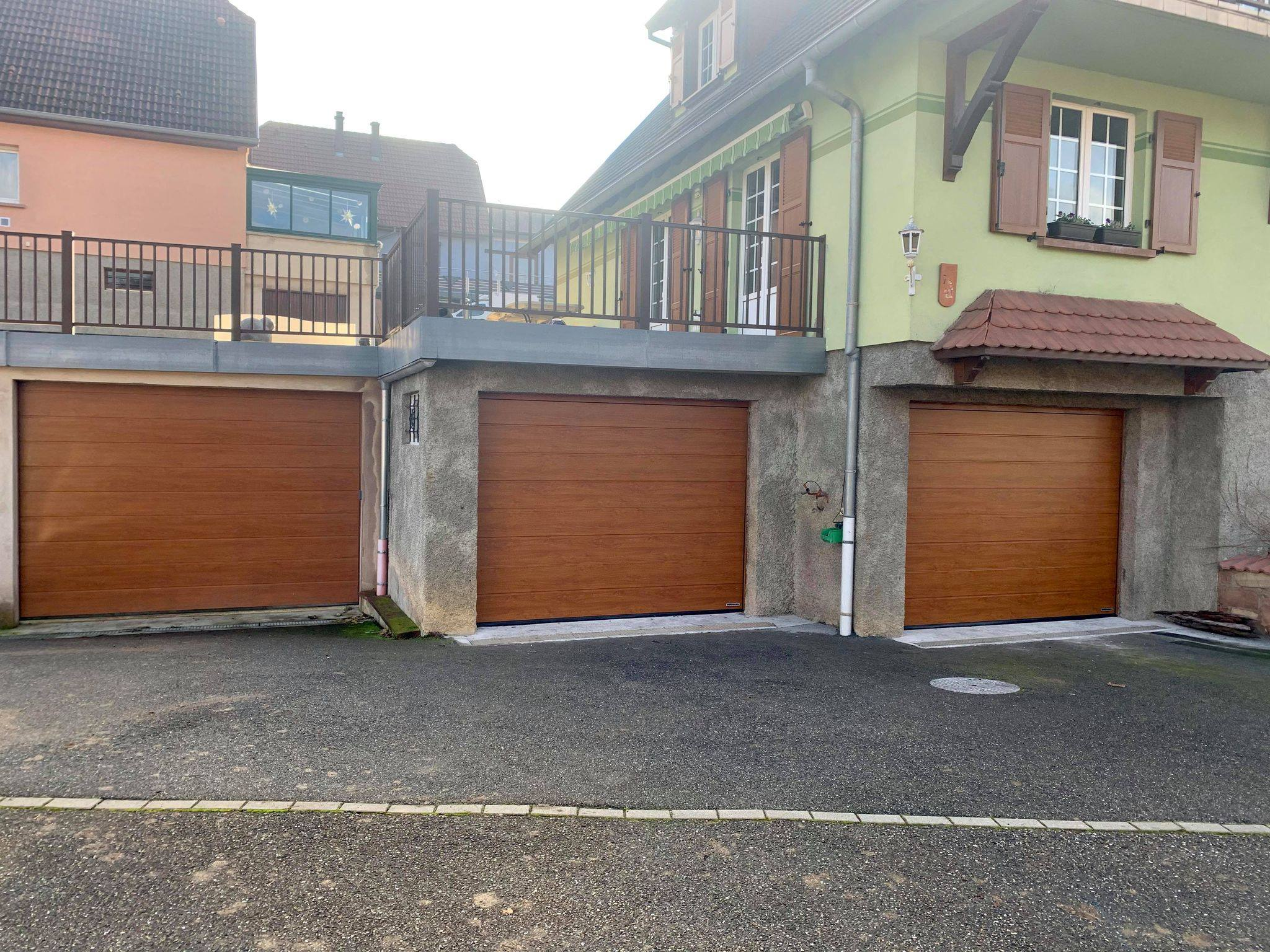 Read more about the article Mise en place de portes de garage à 67 Rosenwiller